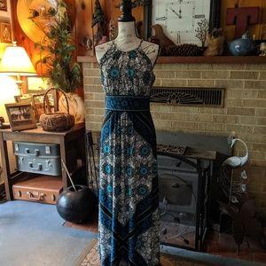 Maxi London style long dress sleeveless halter